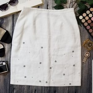 3/$20 💙 Relativity Linen Embroidered Floral Skirt